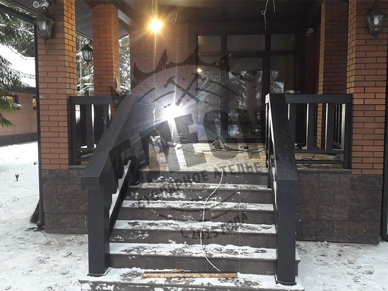 Крыльцо на заказ в Дмитрове